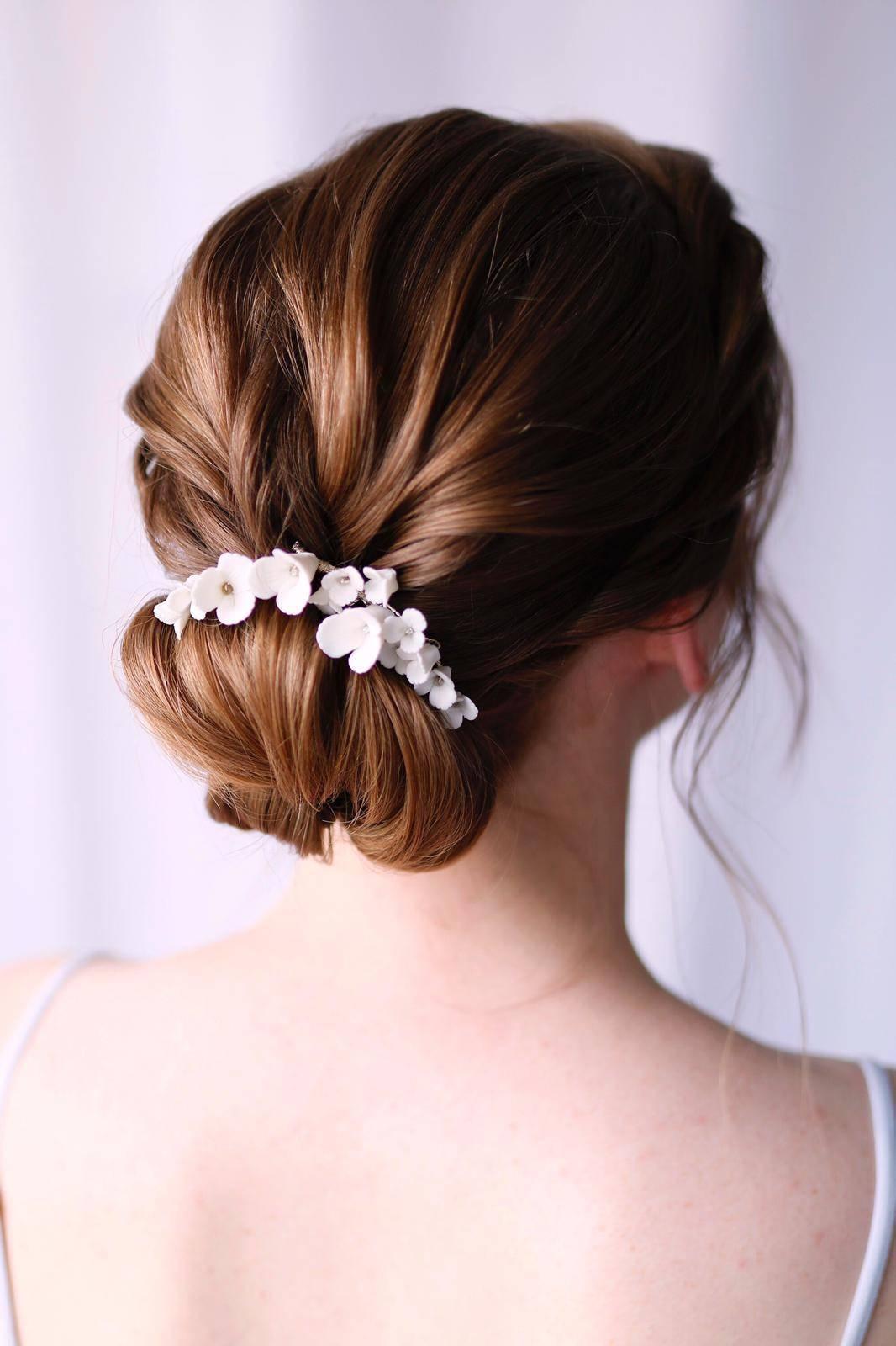 Haarschmuck und Brautstyling