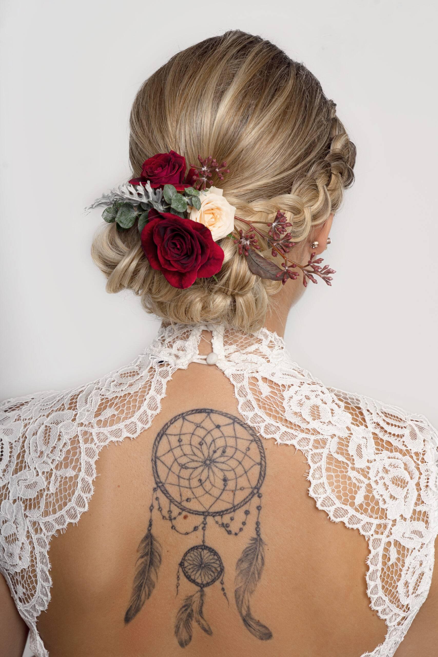 Haarschmuck nach Brautstyling in München